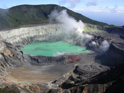 Costa Rica reabre el Parque Nacional volcán Poás tras reforzar sus medidas de seguridad