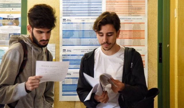 Alumnos universitarios