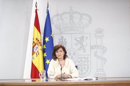 Carmen Calvo elude valorar el sindicato de trabajadoras y se remite a la postura del Ministerio de Trabajo