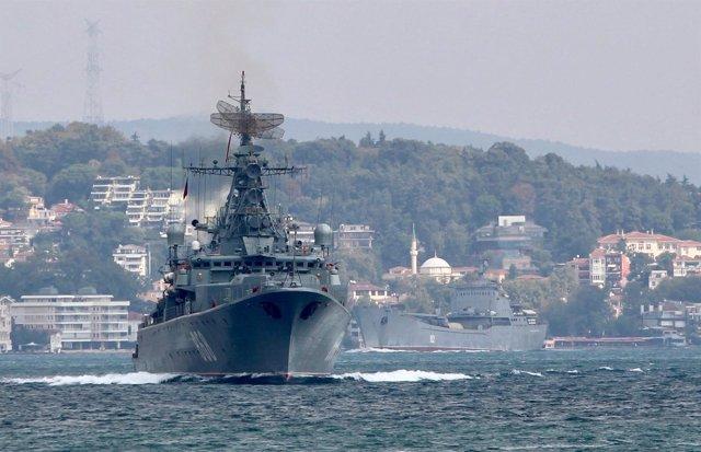 Fragata 'Pitlivi' de Rusia en Estambul
