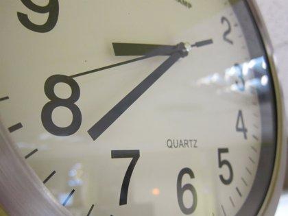 La supresión del cambio horario beneficiaría a la salud, según un experto