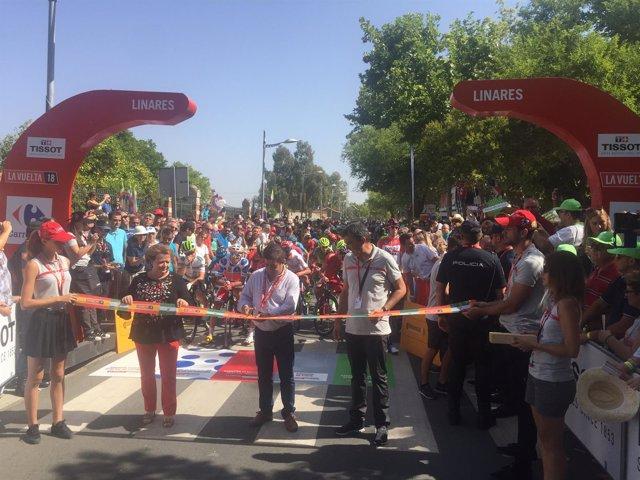 Linares acoge la salida de la octava etapa de La Vuelta