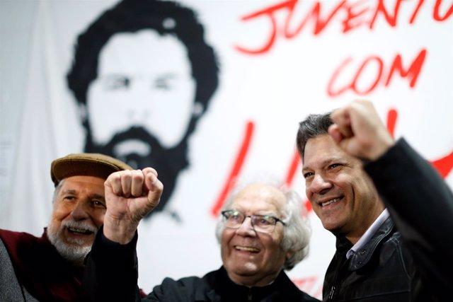 Esquivel, Amorim y Fernando Haddad visitando a Lula en Curitiba