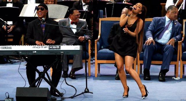 Stevie Wonder y Arianna Grande rinden homenaje a Aretha Franklin