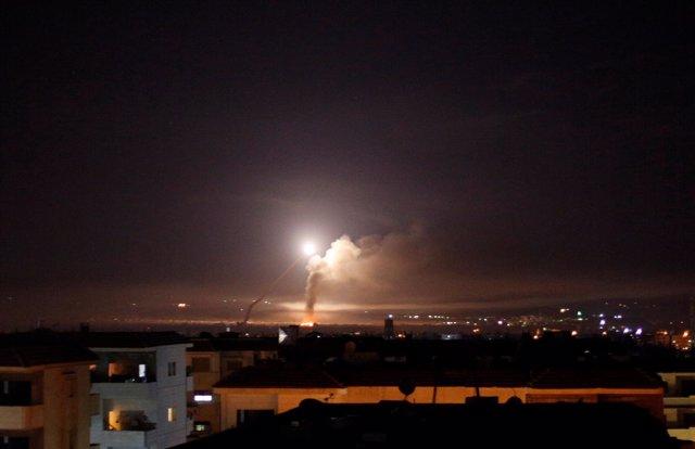 Misiles en Damasco, Siria