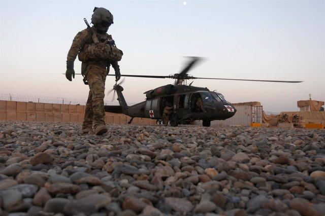 Helicóptero militar medicalizado estadounidense en Afganistán