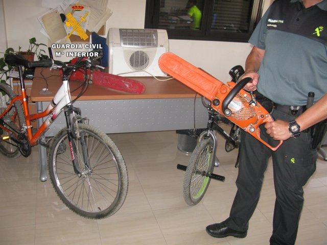 Materiales intervenidos por la Guardia Civil
