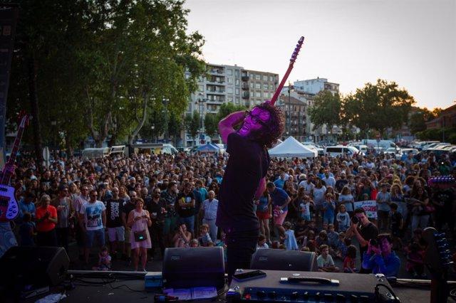 Messura actuando en el Muwi La Rioja Music Fest