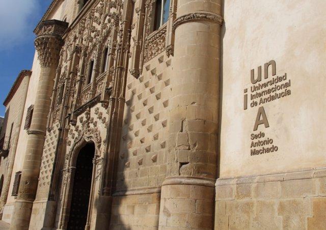 Palacio de Jabalquinto, sede de la UNIA en Baeza