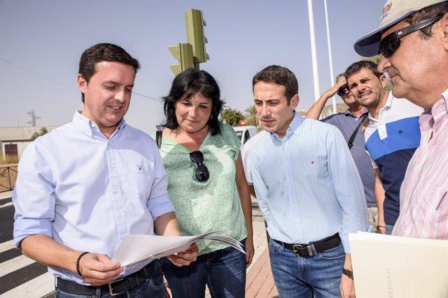 El vicepresidente de la Diputación, con la alcaldesa de Los Gallardos.