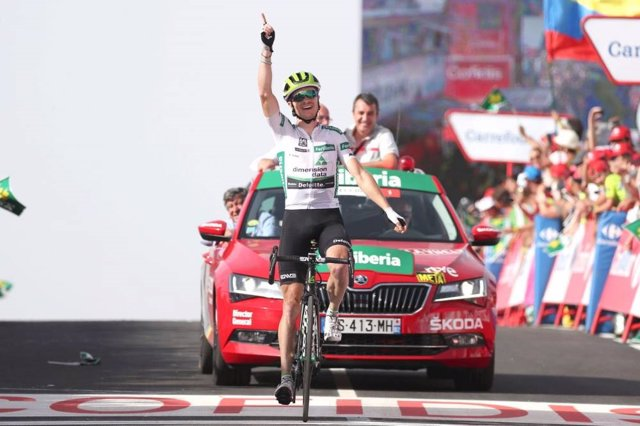 Ben King (Dimension Data), durante una etapa de La Vuelta 2018