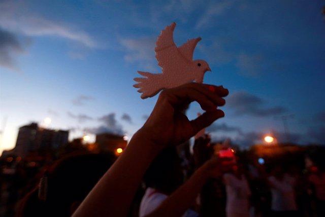 Activistas protestan conta la violencia hacia las mujeres en Cartagena, Colombia