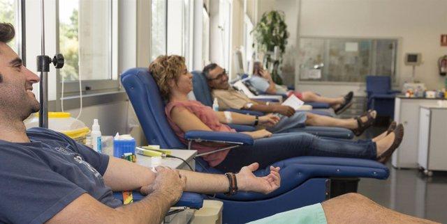 Donaciones de sangre, reservas de sangre