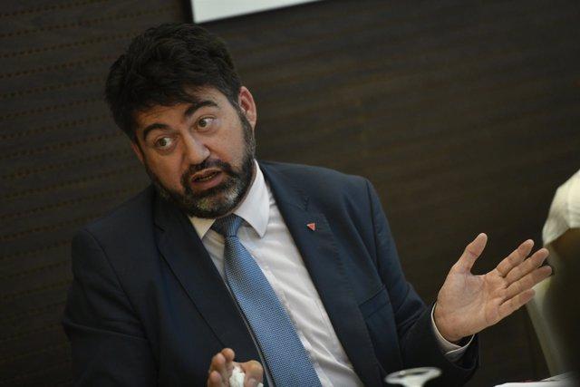 El responsable de políticas económicas de Izquierda Unida, Carlos Sánchez Mato,