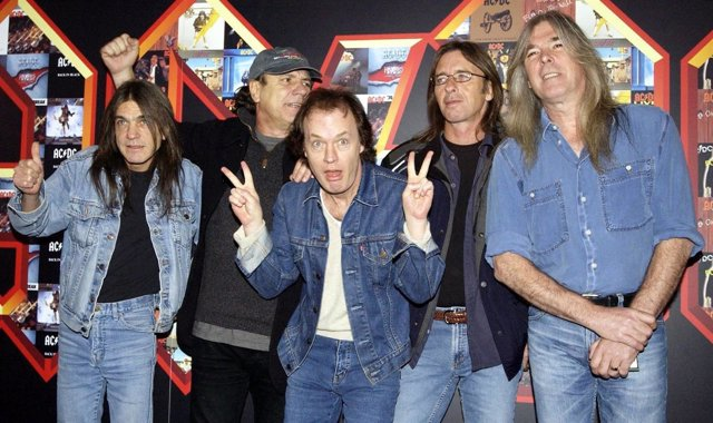 File photo dated 3/3/2003 of (left to right) Malcolm Young, Brian Johnson, Angus