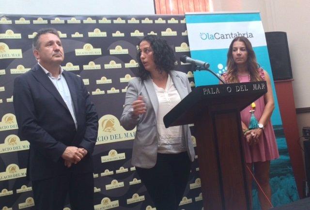 Juan Ramón Carrancio y Cora Vielva en rueda de prensa