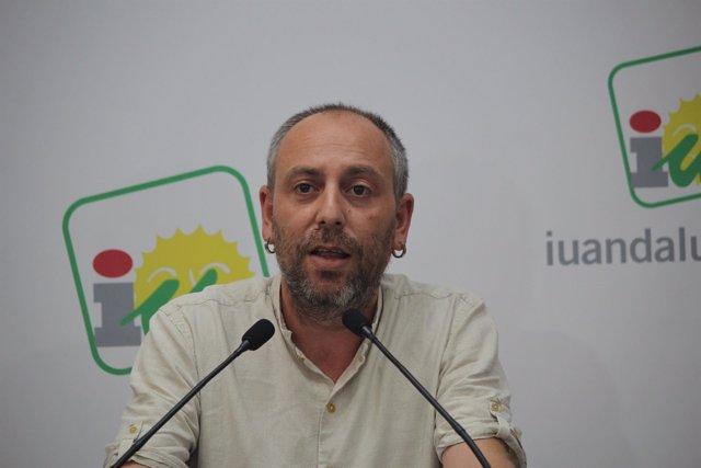 El coordinador de la Dirección Colegiada de IU Andalucía, Ernesto Alba