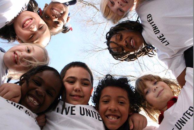 Los niños son beneficiarios de la acción de United Way
