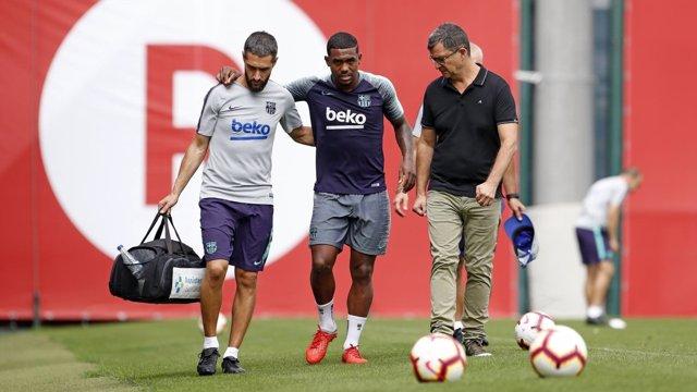 El jugador del FC Barcelona Malcom, lesionado en un entrenamiento