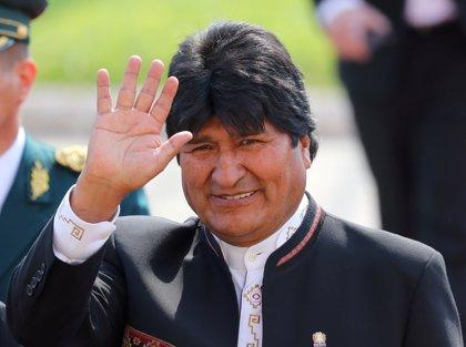 """Evo Morales afirma que se presentará a las primarias del MAS """"por decisión del pueblo"""""""
