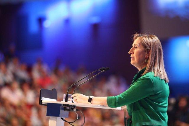 Ana Pastor en el Congreso del PP