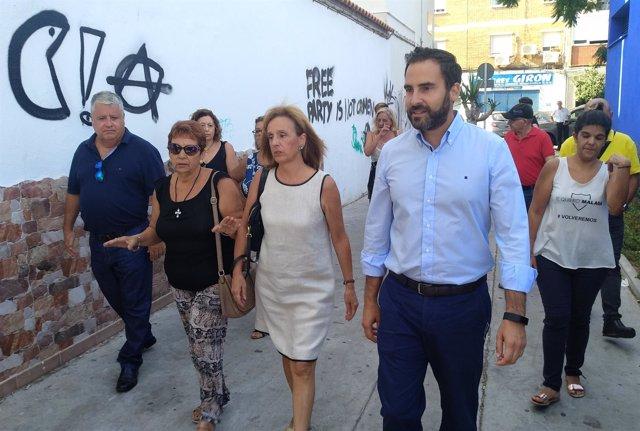 Daniel Pérez informa sobre limpieza en una barriada de Málaga