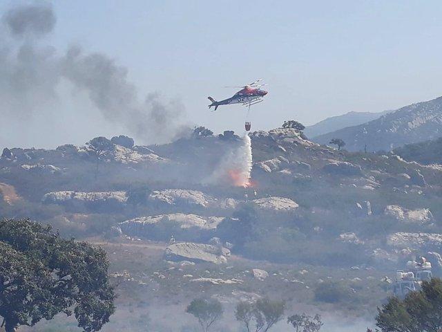 Incendio en paraje Valdeinfierno en Los Barrios