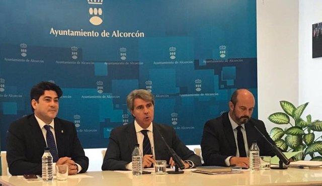 El presidente de la Comunidad de Madrid, Ángel Garrido, en Alcorcón