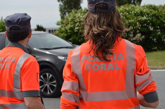 Agentes de tráfico de Policía Foral