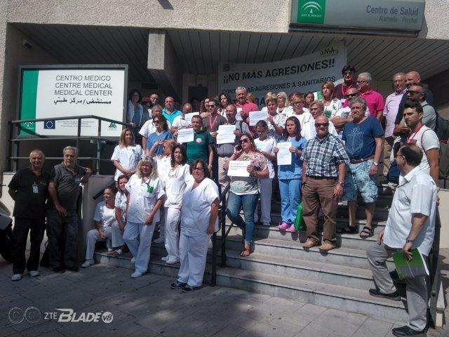 Concentración de sanitarios en Málaga