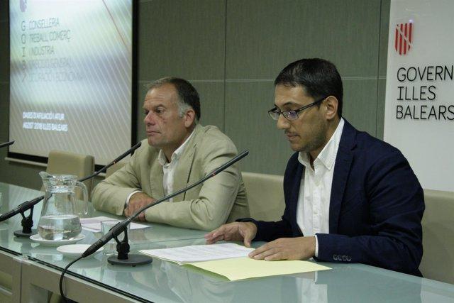 El director de Empleo, Llorenç Pou, y el conseller de Trabajo, Iago Negueruela