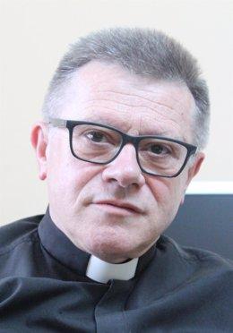 ADolfo Mariño, nuevo Abad de Covadonga