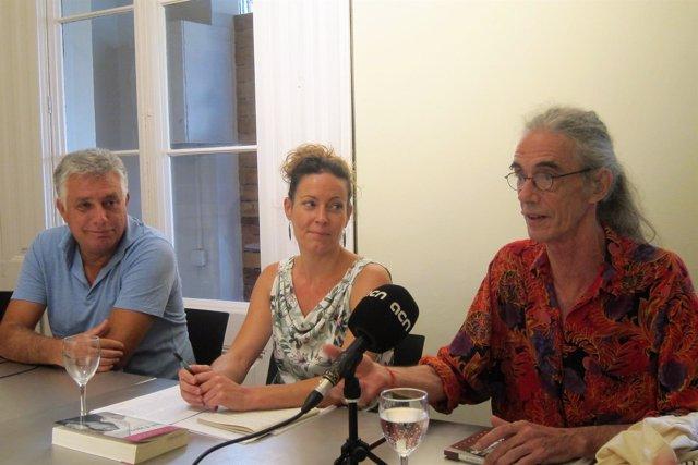 Marcel Riera, Esther Tallada y Enric Casasses en la presentación de 1984