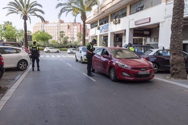 Control de agentes de la Policía Local de Almería