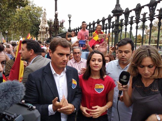 Albert Rivera e Inés Arrimadas en una reciente manifestación (Archivo)