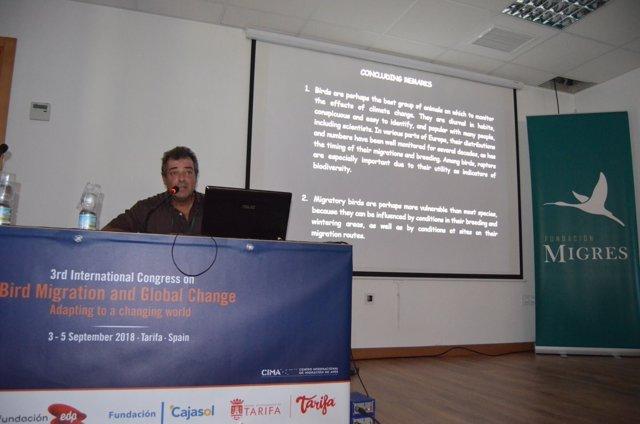 El presidente de la Fundación Migres, Miguel Ferrer
