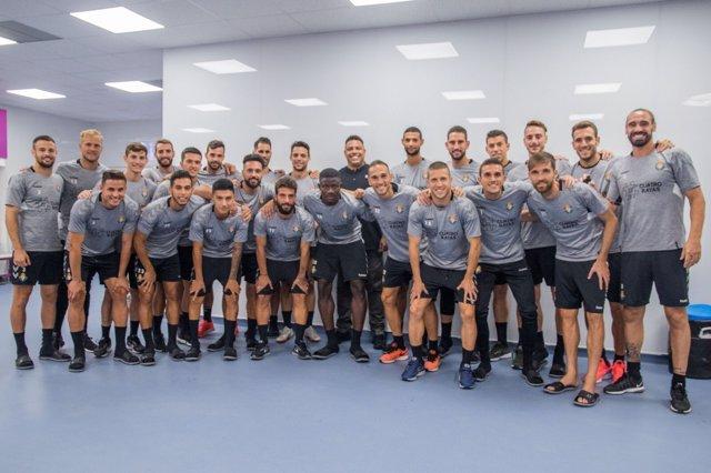 Ronaldo Nazario visita a la plantilla del Real Valladolid