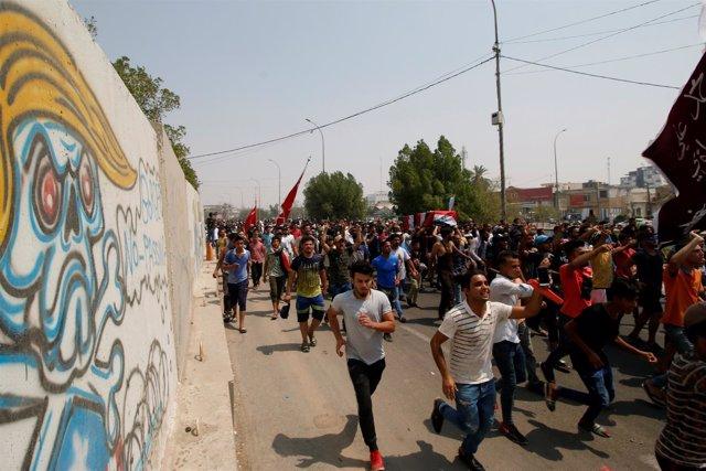 Funeral de un manifestante muerto en Basora