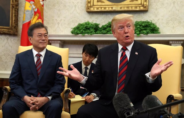 Moon Jae In y Donald Trump