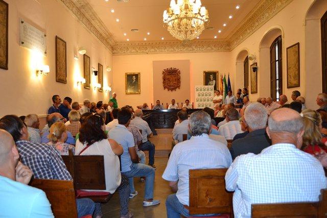 UPA-A se reúne con aceituneros de la provincia en Utrera