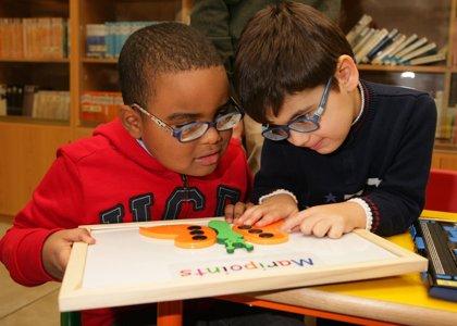 7.495 alumnos ciegos vuelven a clase con nuevas tecnologías que les facilitan el aprendizaje