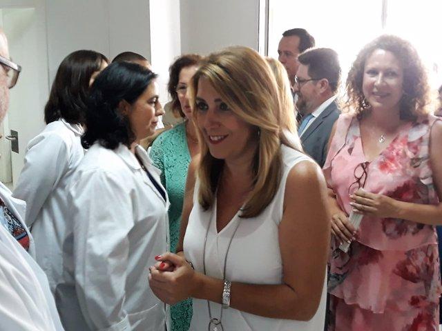 Susana Díaz visita un centro de salud en Garrucha (Almería)