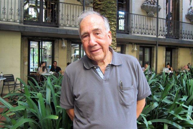 El poeta y arquitecto Joan Margarit