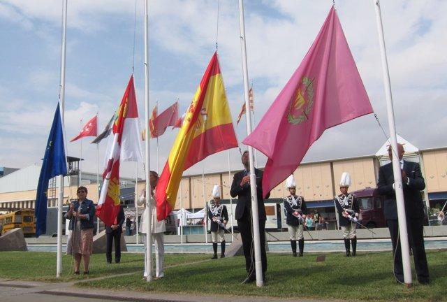 Izado de banderas en la Feria de Muestras de Valladolid. 5-9-2018