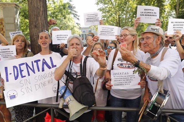 Foto de archivo de una manifestación de iDental