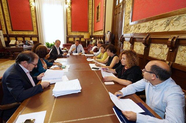 Reunión De La Junta De Gobierno De Valladolid.