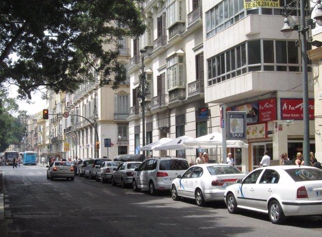 Taxis en una parada de Málaga