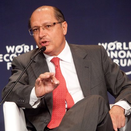 "La Fiscalía de Brasil imputa al candidato a la Presidencia Geraldo Alckmin por ""conducta administrativa irregular"""