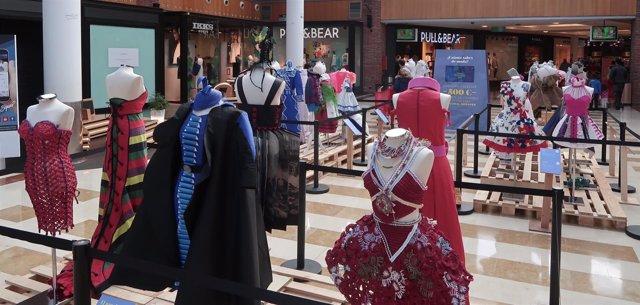 Exposición Concurso Internacional de Vestidos de Papel de Güeñes