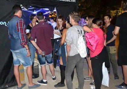 Repartidos 1.990 folletos sobre prevención de drogas en los primeros días de Fiestas de Valladolid